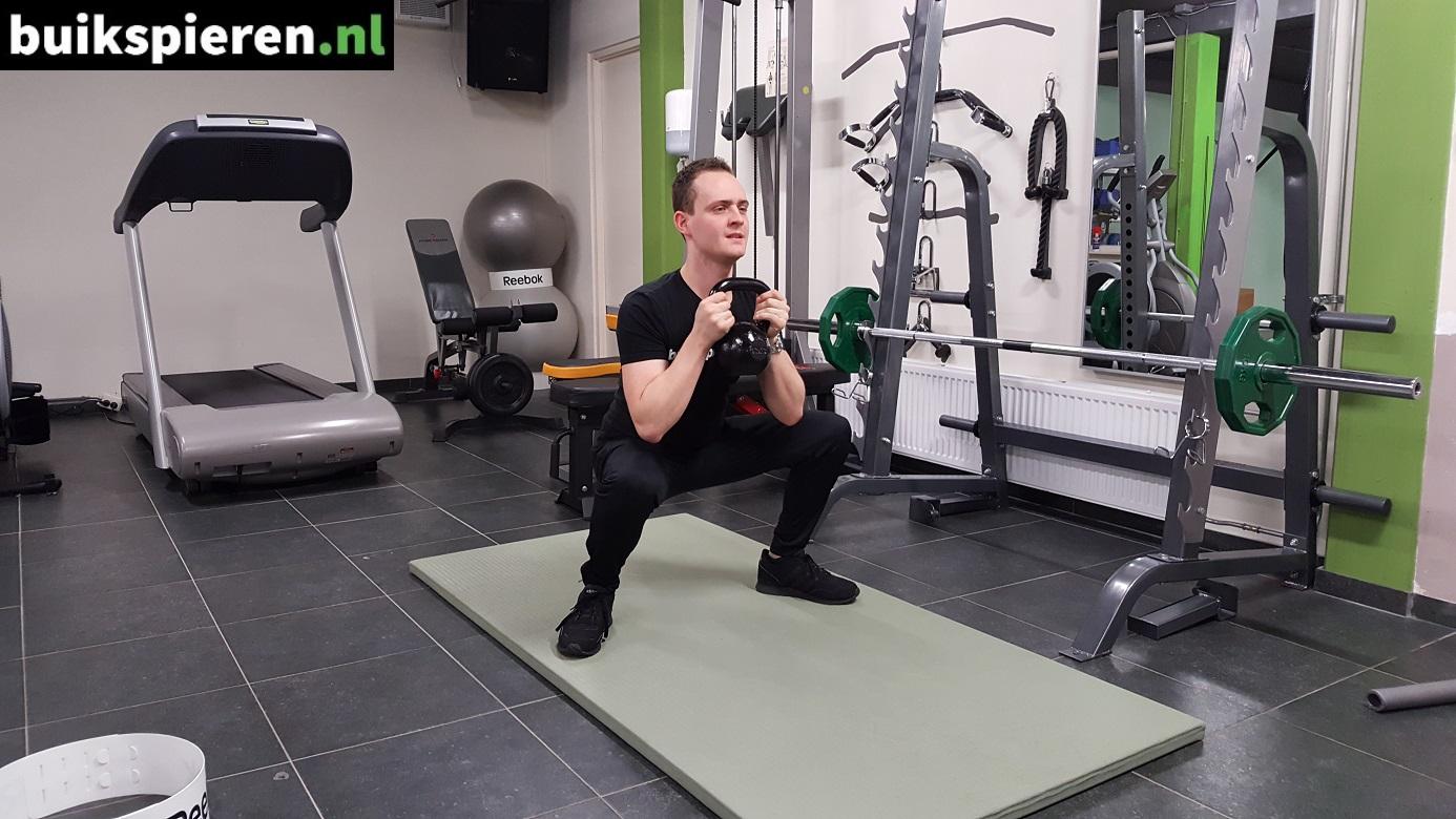 Kettlebell squat Danny